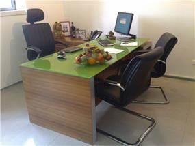 שולחן עבודה - שקמה ויסמן זלצר - תכנון ועיצוב פנים