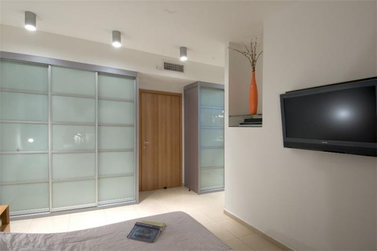 חדר שינה, דירה, פתח תקווה - דרור ברדה אדריכלים