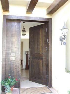 דלת כניסה, בית פרטי, נורדיה - כנרת ספיר - אדריכלות ועיצוב פנים