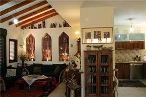 סלון ומטבח, הוד השרון - כנרת ספיר - אדריכלות ועיצוב פנים