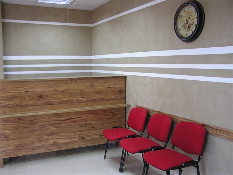חדר המתנה במרפאת שיניים