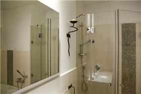 חדר אמבטיה - עיצוב ורד פולקמן