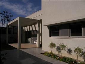 בית פרטי, כפר סבא - תמי אורנשטין אדריכלים