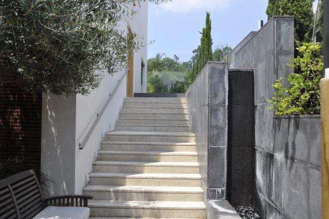 חזית בית, אושרת אביב - אדריכלות פנים
