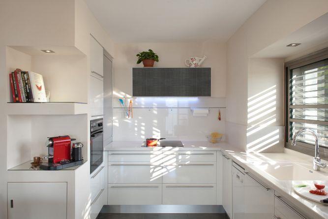 מטבח בדירת פנטהאוז, אורלי הורוביץ עיצוב ותכנון פנים
