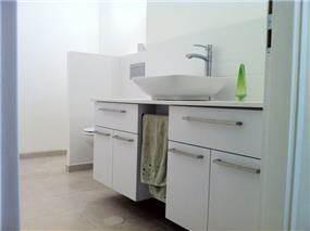 ארון בחדא אמבטיה לילדים, עיצוב ציפי לוי צליל