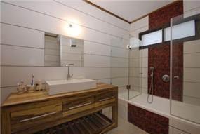 חדר אמבטיה, בית פרטי, פוריה - קמי אדריכלים