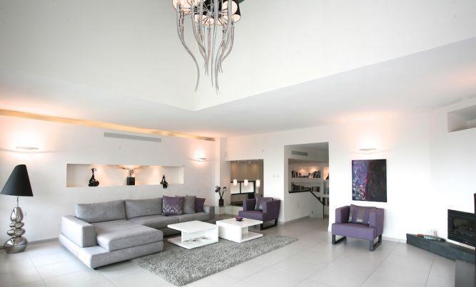 סלון בעיצוב מודרני, איריס מרקו - עיצוב ואדריכלות פנים