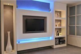 נישות גבס עם תאורת לד בסלון, מיכל חורש סומך אדריכלית