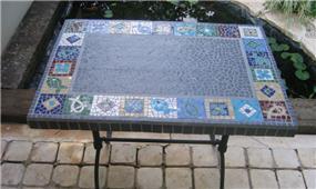 שולחן - נעמי גרינברג