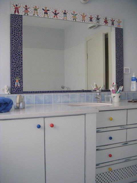 חדר אמבטיה - נעמי גרינברג