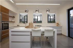 מטבח - בעיצוב ענבל ברקוביץ