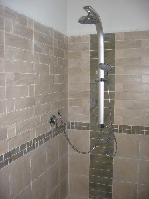 מקלחת הורים, גן יבנה - ענת מוגילנר-אדריכלות ועיצוב
