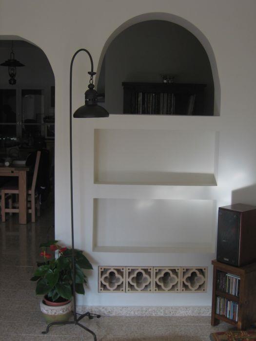 פינה בחדר מגורים, קיבוץ חצור - ענת מוגילנר-אדריכלות ועיצוב