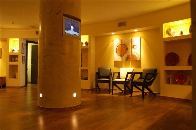 חדר המתנה - עדנה מור-אדריכלות ובינוי ערים