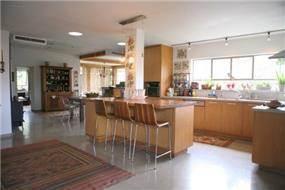 מטבח, בית פרטי, עדנים - רונית תירוש-אדריכלות ועיצוב פנים
