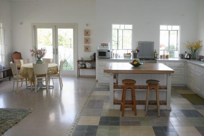 מטבח כפרי ופינת אוכל, בית פרטי, ניצני עוז - רונית תירוש-אדריכלות ועיצוב פנים