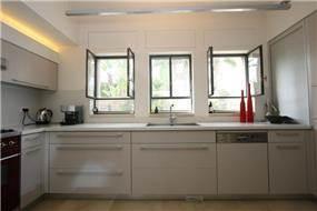 מטבח, בית פרטי, רמת השרון - מיכל שפר אדריכלית