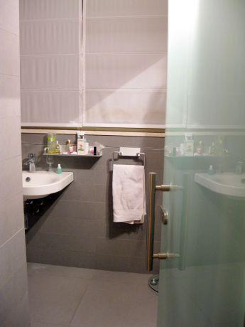 אמבטיה בתכנון ועיצוב איזבל, אדריכלות פנים
