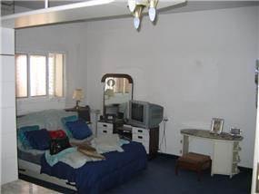 חדר השינה לפני שינוי - עיצובים בחן