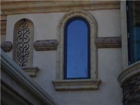 חיפויי אבן לחלונות הבית - PRE-CAST & DESIGN