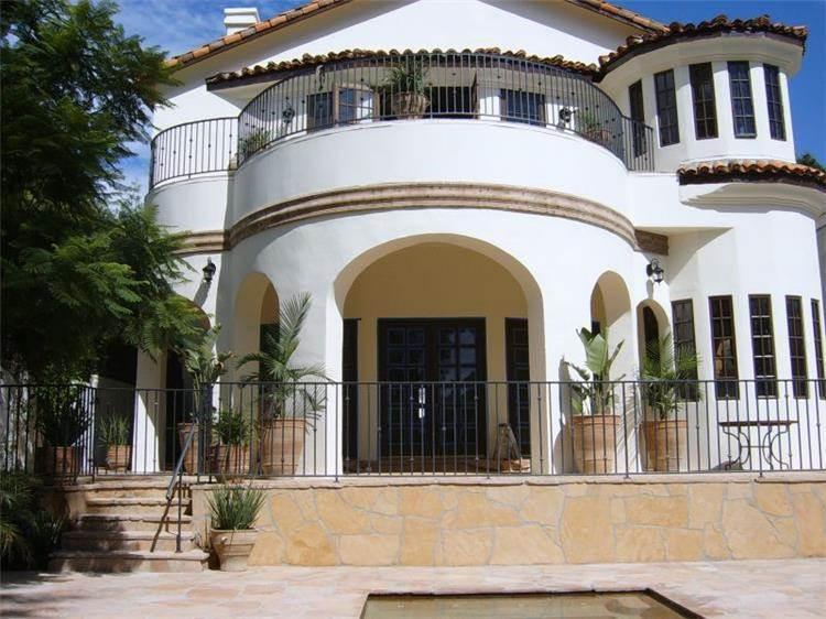 בית בסגנון כפרי - PRE-CAST & DESIGN