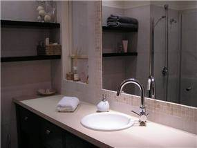 חדר רחצה בעיצוב אופירה קורן
