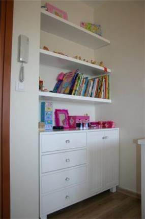 חדר קלאסי לילדה, בעיצוב איילת רפאלי