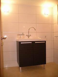 חדר אמבטיה - R&E