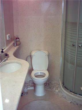 חדר שירותים - טיב תכנון ושיקום מבנים