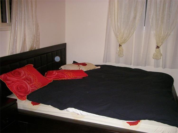 חדר השינה - לאורה דוד