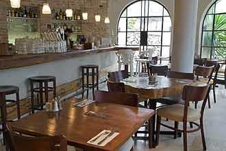 מסעדת כרמא, עין כרם - Mor than Design