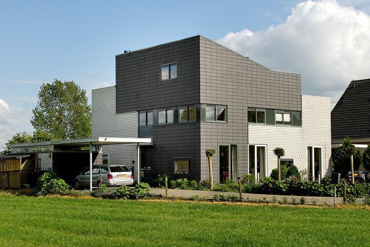 שכונת מגורים של בתים דו-משפחתיים. ברומן, הולנד