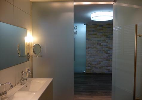 חדר אמבטיה אלגנטי