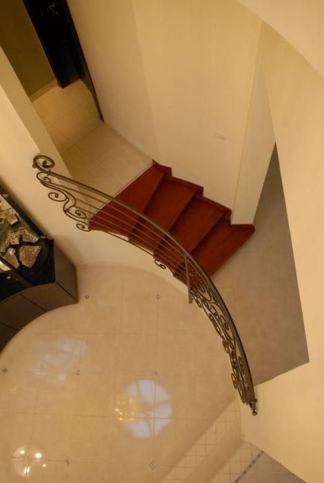 חדר מדרגות - אתרא - תכנון ובצוע