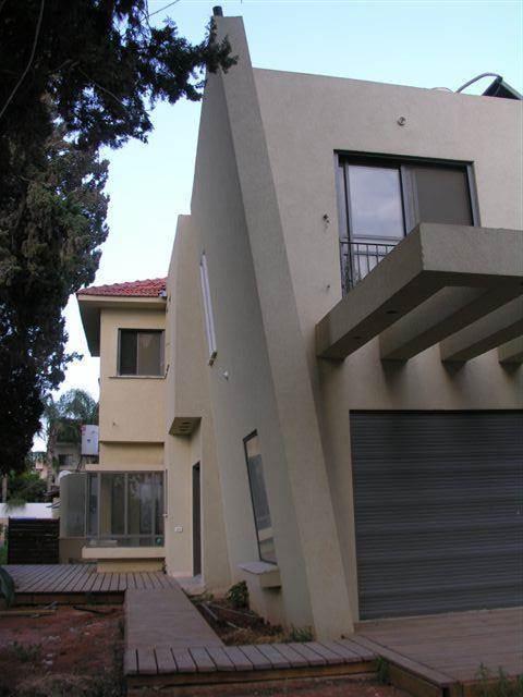 פרייס זיו - בית פרטי שתי קומות בקרית אונו