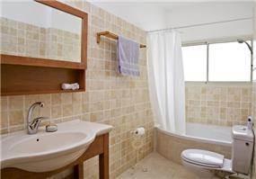 חדר אמבטיה - גלעדי דובר אדריכלות וניהול פרויקטים