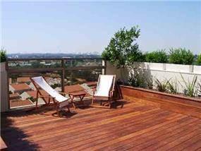 מרפסת גג, אזור - גלעדי דובר אדריכלות וניהול פרויקטים