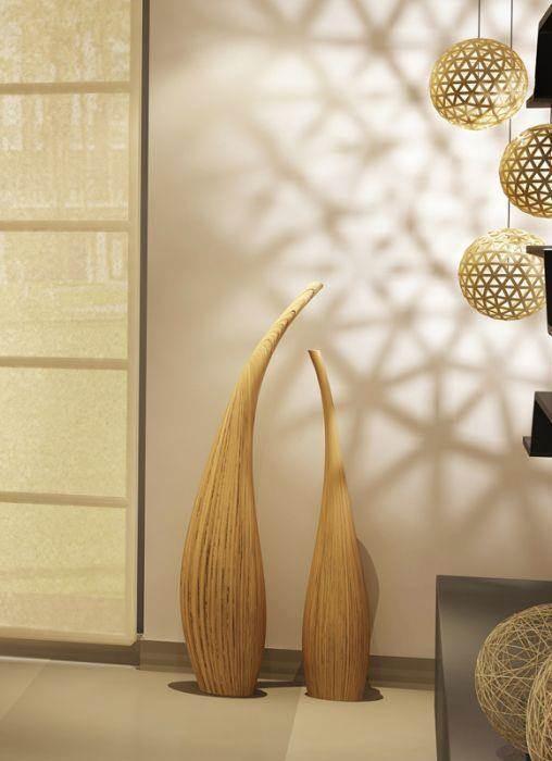 תקריב פריטי עיצוב לסלון