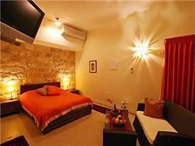 חדר שינה - קוים וצבעים