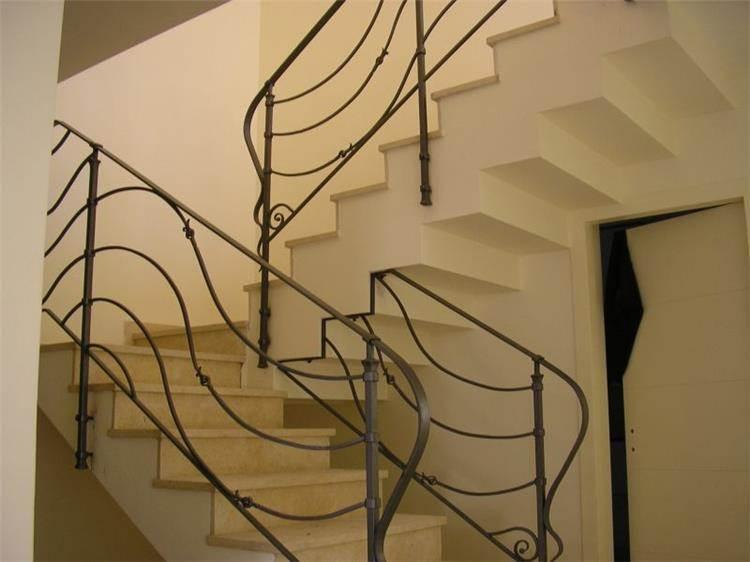 מדרגות - דורית ליבנה עיצוב ואדריכלות פנים
