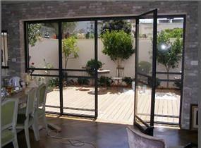 דלתות מזכוכית בלגיות - פרופיל חברת קליל - אלומיניום אלי
