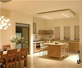 פינת אוכל ומטבח בעיצוב וביצוע של בית הנגר