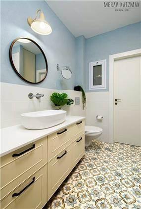 אמבטיה מעוצבת בנגרות אישית