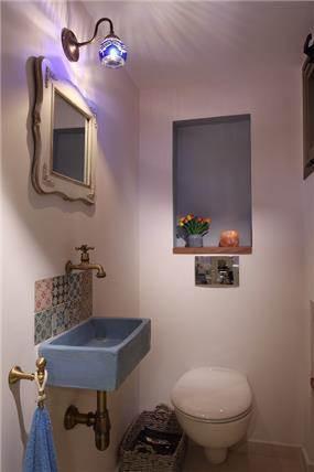 עיצוב מודרני ברמת החייל - חדר שירותים