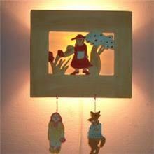 מנורת ילדים 17 בצורת כיפה אדומה