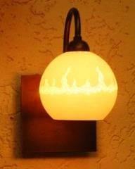 מנורת קיר כדור פורצלן להבות על מתכת