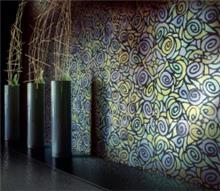 חיפוי קיר צבעוני