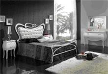 מיטה זוגית לבנה בסגנון קלאסי - DUPEN (דופן)