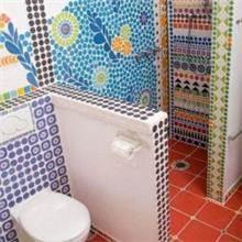 חיפויים צבעוניים לאמבטיה